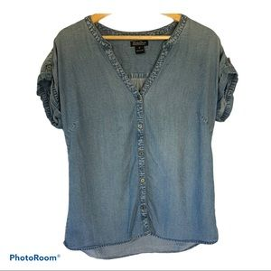 Lucky Brand Chambray Top in size Medium